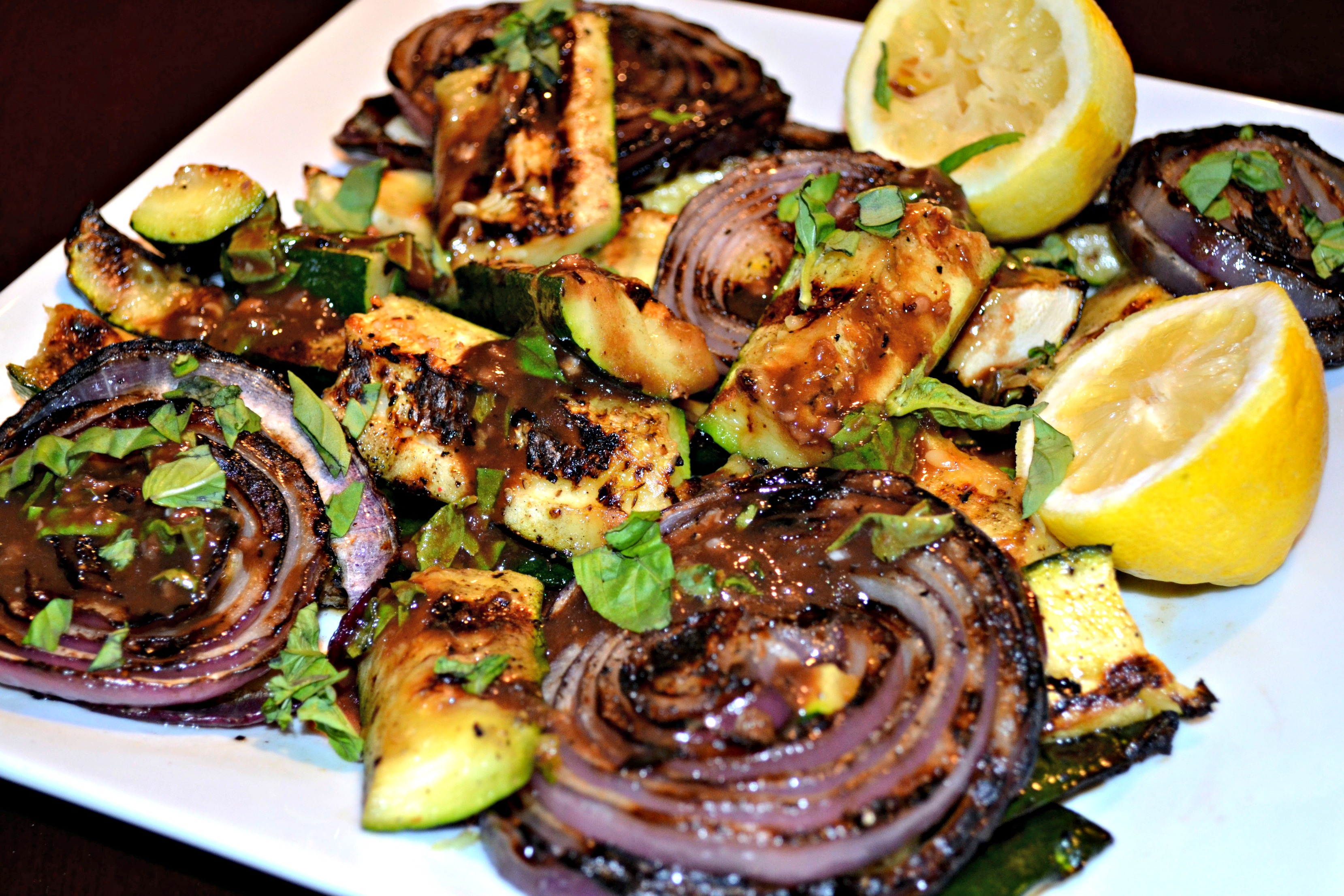 Grilled Zucchini and Red Onion Salad with a Smoked Balsamic ...